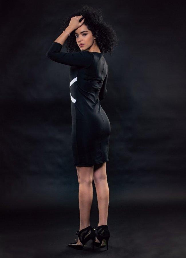 μίνι φόρεμα ελαστικό με άνοιγμα στο μπούστο