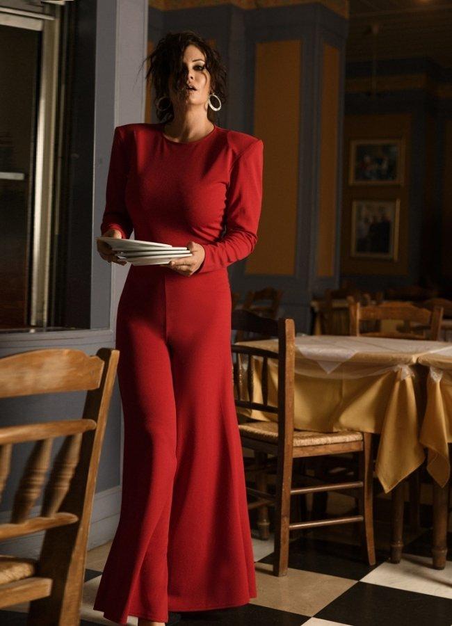 ολόσωμη φόρμα καμπάνα με βάτες by Maria Korinthiou Collection - Κόκκινο