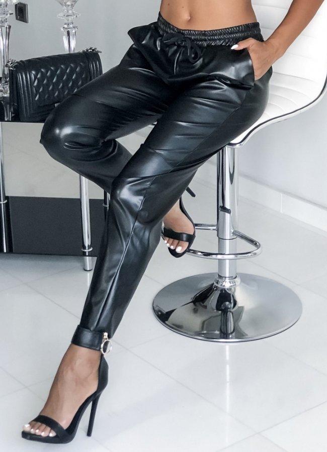 βινύλ παντελόνι με λάστιχο στη μέση